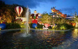 IMG 20181117 WA0015 1 300x188 - Decoração de Natal da Ypê encanta visitantes da região