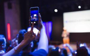 iStock 954610964 1 300x188 - 8 eventos de marketing digital em 2019 para já incluir na agenda!