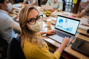 marketing digital pos pandemia 300x200 - Blog